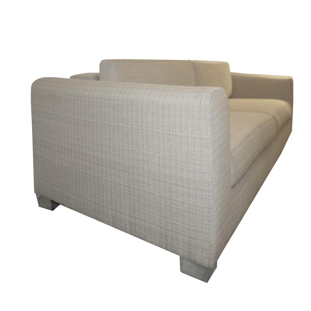 sofa_carrasco_comodo_cafe_patas_metal_muebles_decoracion_estilo_diseño_hogar_casa_1