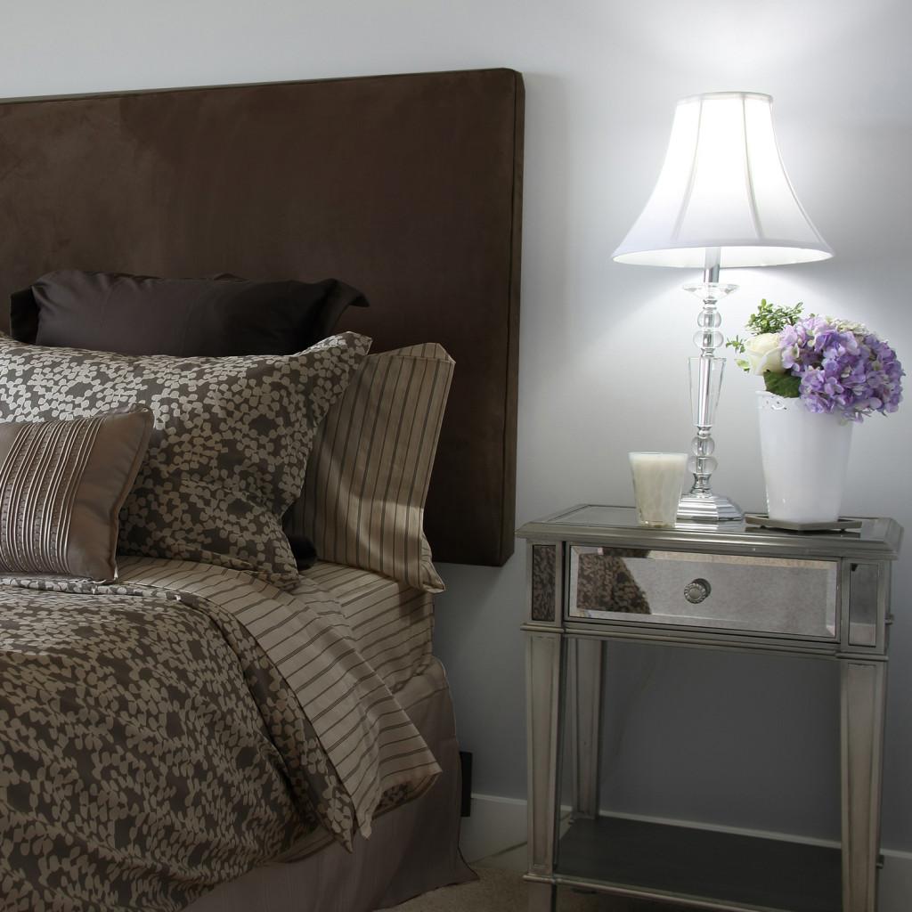 cabecera_secilla_matrimonial_buen_fin_fabrica_muebles_decoracion_hogar_cafe_obscuro_suede-1024x1024